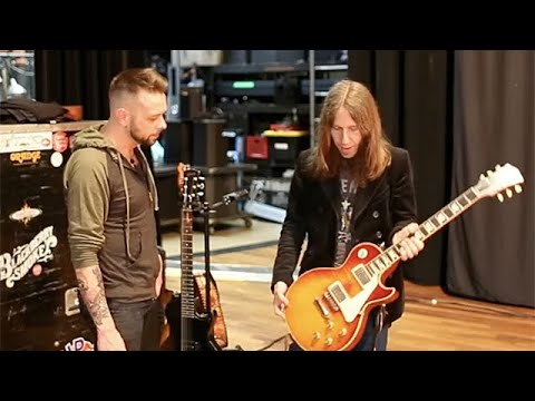 Rig Rundown - Blackberry Smoke's Charlie Starr and Paul Jackson