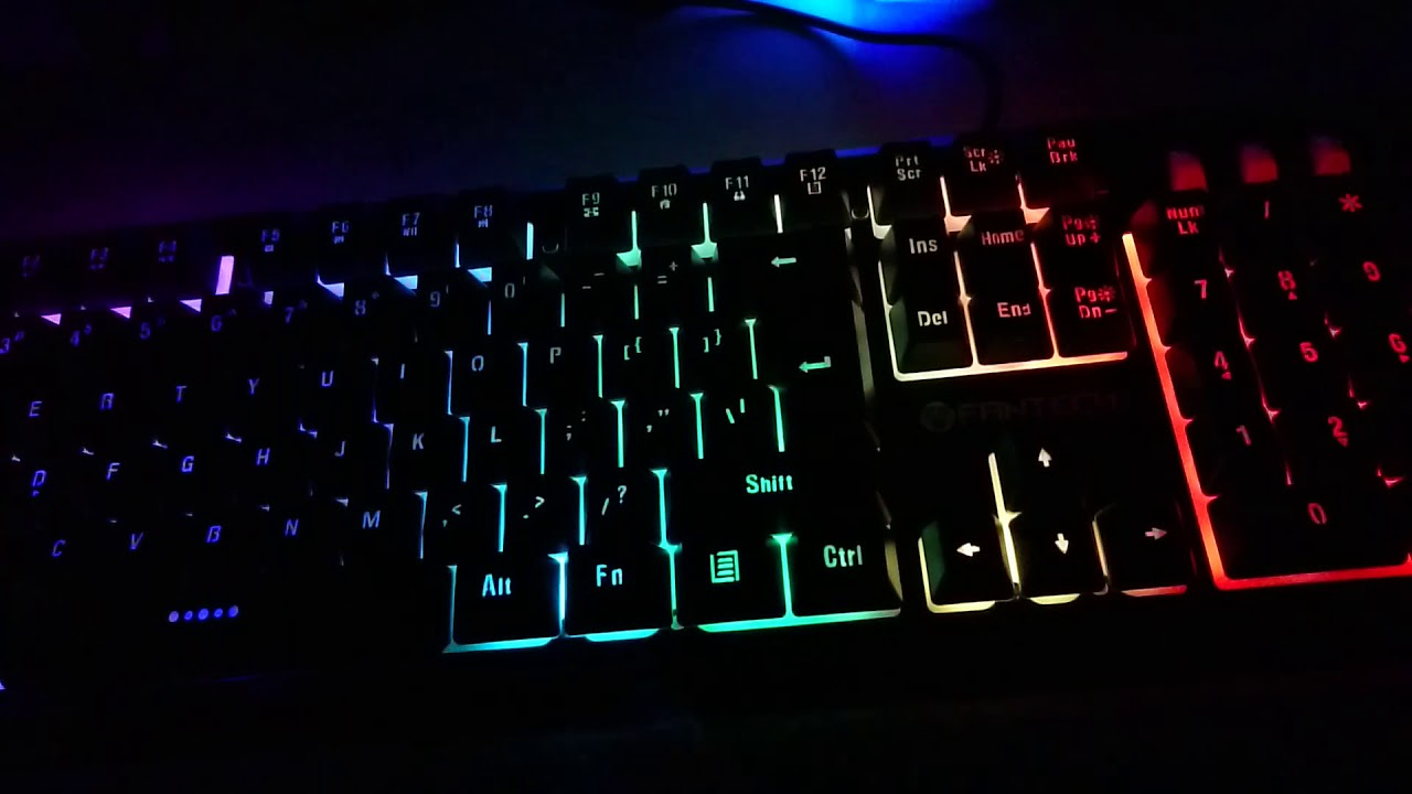 cc6019ea958 Fantech K612 Soldier Gaming Keyboard Unboxing Review and how it looks in  the dark