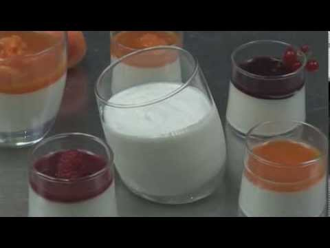 recette-professionnelle---petits-pots-de-ricotta-vanille-et-coulis-d'abricots