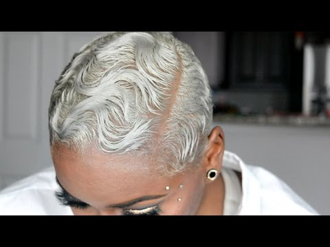 how-to-transition-to-grey/-silver-hair- -laurasia-andrea