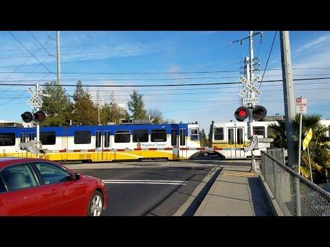 12/27/2016 47th Ave Railroad Crossing, Sacramento Light Rail Blue Line Inbound, Sacramento CA