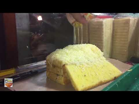 GILE BANGET !!! KEJUNYA SAMPE LUBER ROTI BAKAR BANDUNG | YOGYAKARTA STREET FOOD #BikinNgiler