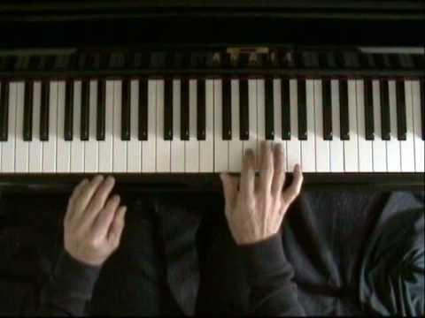 Learn blues piano lesson 4