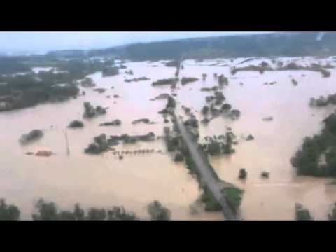 Horrible Big Floods in Serbia From Air 15.05.2014. NEED HELP!