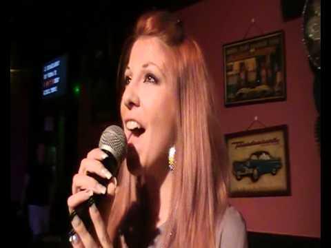Valentina Moroni canta Il Mio Destino