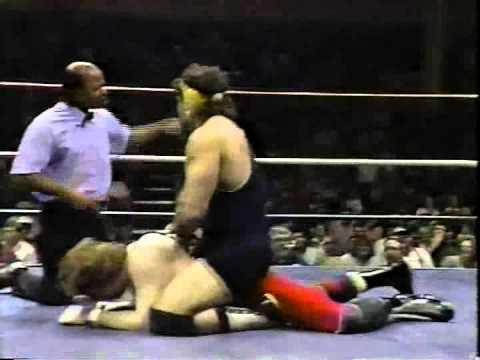 WW 2/11/89- R. Steiner vs Bob Cook- Inv Luger, E. Gilbert