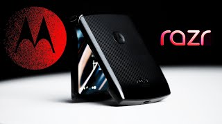 The Motorola Razr is BACK (Hands-on!)