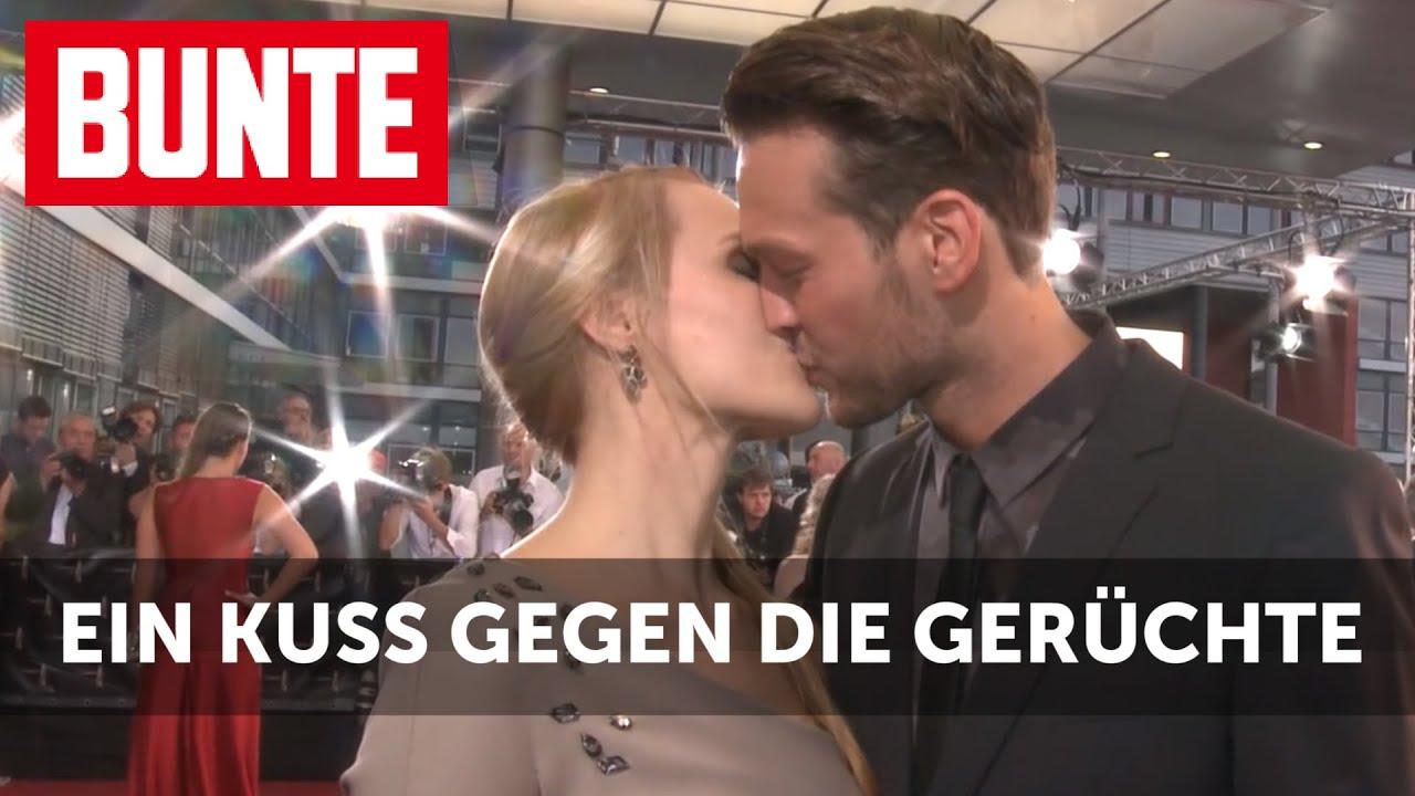 """""""Bachelorette""""-Anna: Ein Kuss gegen die Krisengerüchte - BUNTE TV"""