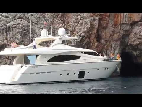Big yacht fails to enter in the Blue cave - Montenegro -(Plava Spilja)