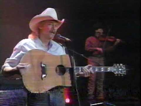 Alan Jackson - Chasin' That Neon Rainbow (LIVE)