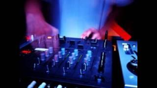 DJ LeMMy ft. Davor Badrov - Ne brini oce (REMIX)
