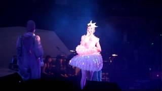 孫燕姿 - 同類 @答案是孫燕姿世界巡迴演唱會香港站 05FEB10