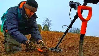 аКА Сигнум - Поиск кладов на месте исчезнувшей деревни Часть 3 Поиск с металлоискателем видео Поход