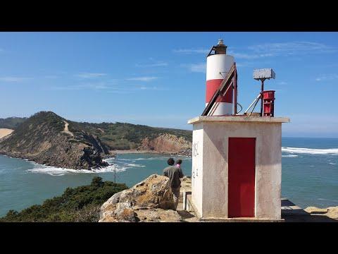 Farol de Sao Martinho do Porto