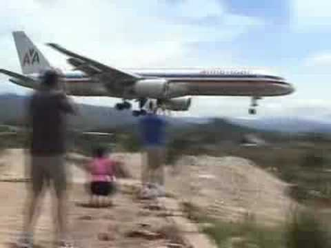 Without Breath  - AA 757 landing in TGU (Tegucigalpa)