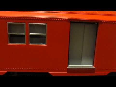 Lionel NYC Subway R-30 w/ Remote Controlled Opening/Closing Doors