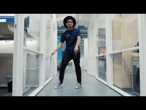 Funky Office Dance haddip