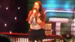 Elena Risteska - 192 (Live @ Macedonia Square)