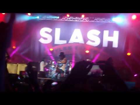 SLASH ft.Myles Kennedy-Paradise City(Live in Mumbai,India 2015)