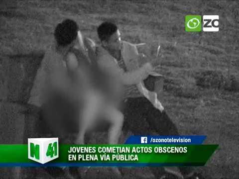 cámaras-captan-a-jóvenes-realizando-actos-obscenos-en-plena-vía-pública