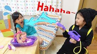【リメイク版】赤ちゃんのお風呂の襲撃者?泣いた赤ちゃんをあやそう!メルちゃん バスボール L.O.Lサプライズhimawari-CH