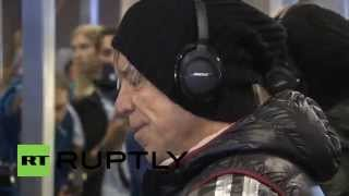 Russia: Check out Mickey Rourke gearing up for his return to the ring