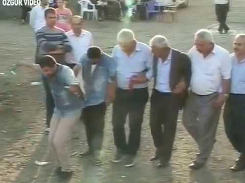 Ekin Uzunlar & Irmak Arıcı - Ayletme Beni