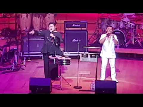 Zainalabidin & Adibah Nor LIVE - Ikhlas Tapi Jauh