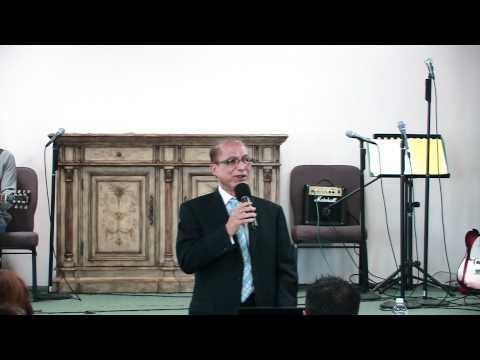 Pastor David Sings In The Garden 05 29 11 Youtube