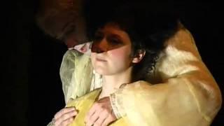 Martha Issová - SPŘÍZNĚNÍ VOLBOU - Dejvické divadlo