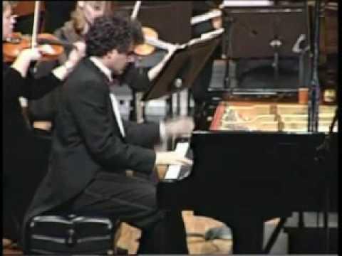 Lambis Vassiliadis plays Tchaikofsky Concerto No 2