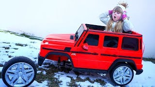 FUNNY Girl Ride on POWER CAR and the Wheel fell of