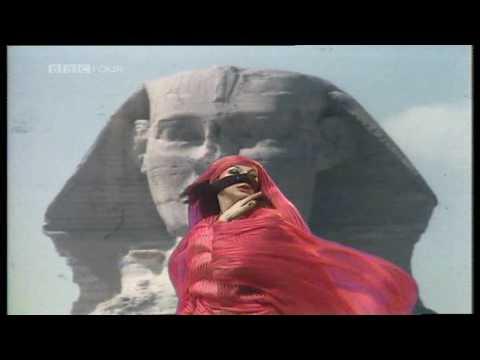Kate Bush - Egypt (1979) Xmas TV Special