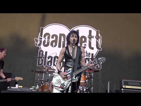 Joan Jett & The Blackhearts - Crimson And Clover, Forest Hills, Queens, NY - 5-30-2015