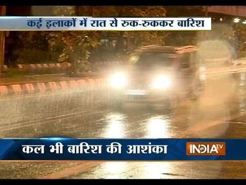 Delhi, NCR Hit by Rains and Strong Winds - India TV