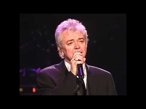Here I am - Air Supply New live version [HQ Audio]