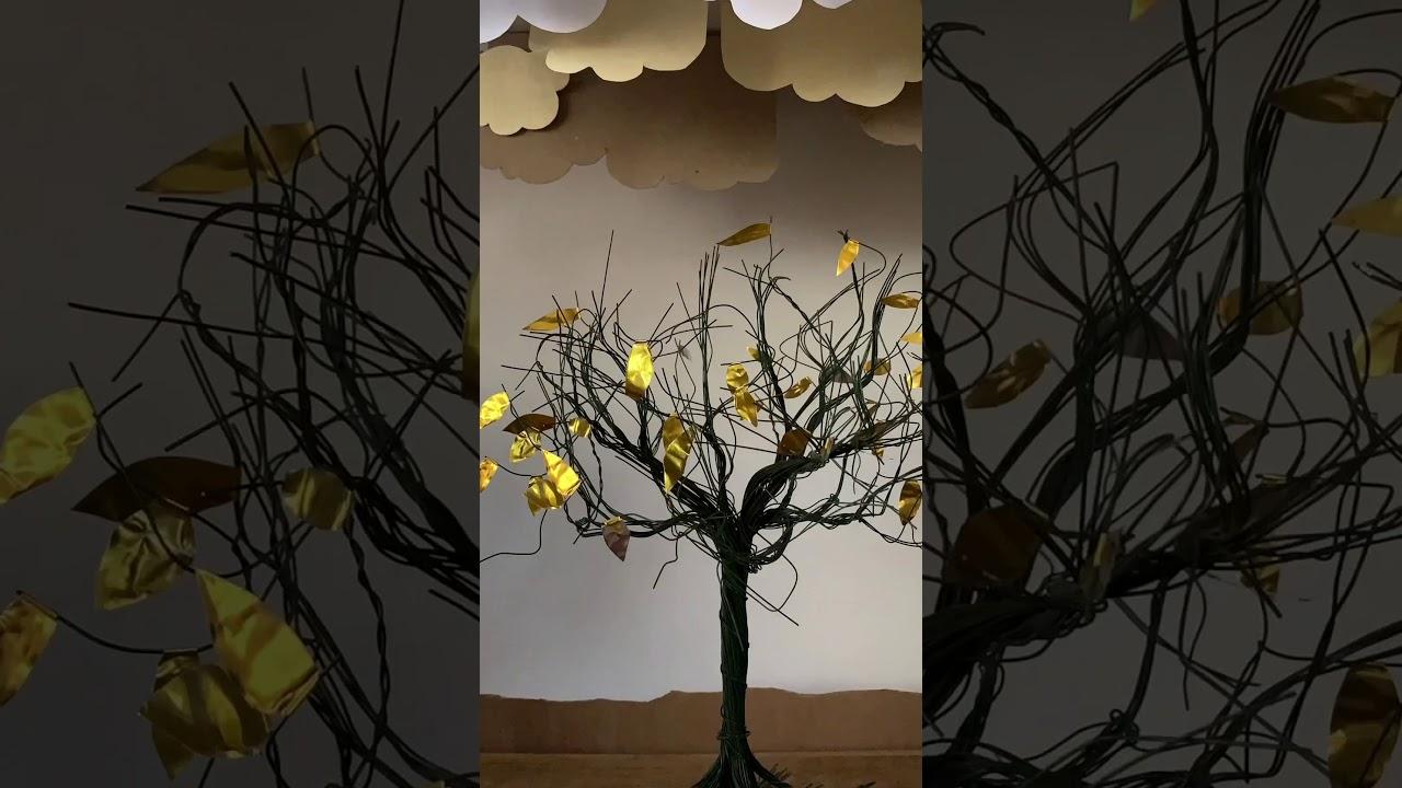 עץ בסערה