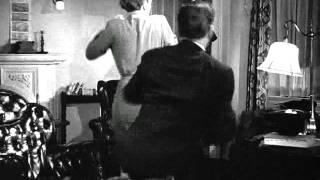 Sam Spade (Humphrey Bogart) gets rough - The Maltese Falcon