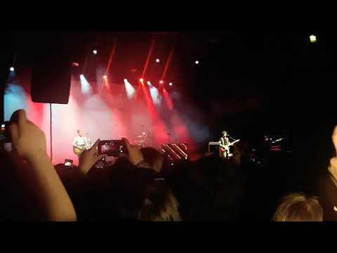 The Vamps Connor & James - Talk Shows & I Love Loving You (Acoustic) || Cologne 19.05.2018