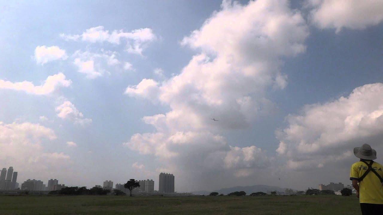 阿山哥EVO試飛 - YouTube