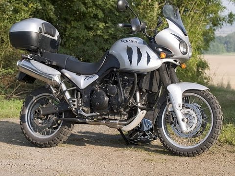 triumph tiger 955i exhaust sound compilation youtube. Black Bedroom Furniture Sets. Home Design Ideas