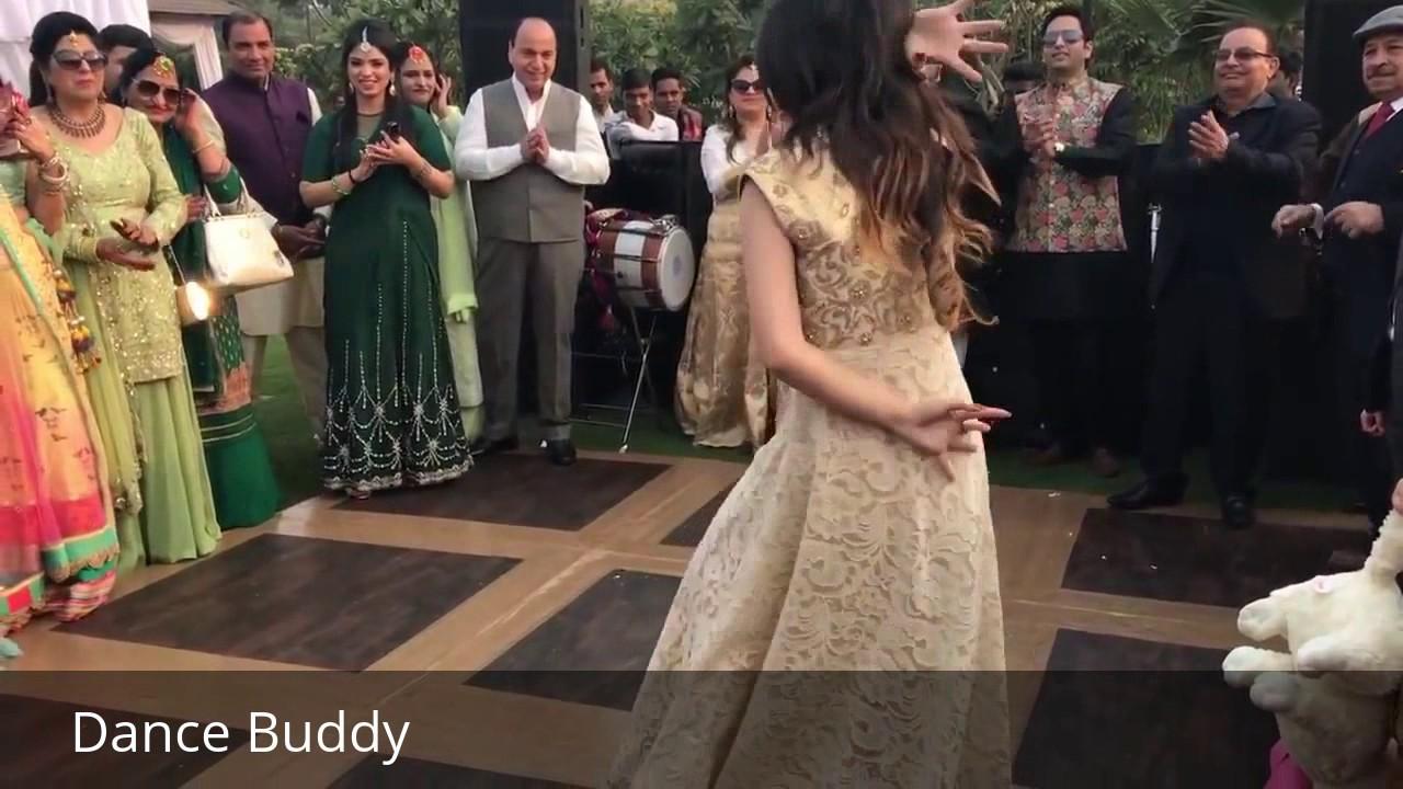 Laila Me Song Dance