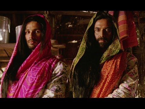 Watch Shahid dressed as a woman - R...Rajkumar Travel Video