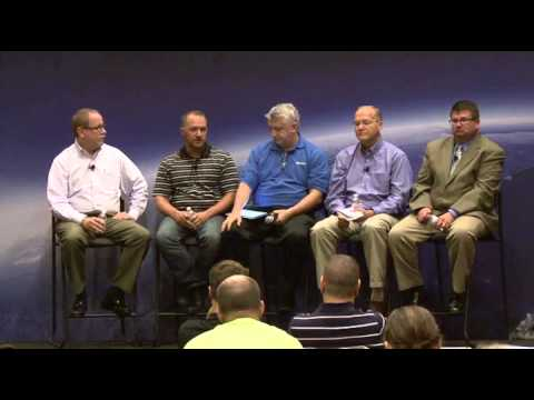 VAPP1224  - Applications Using Oracle on vSphere Customer Success Stories Panel - Panel Video