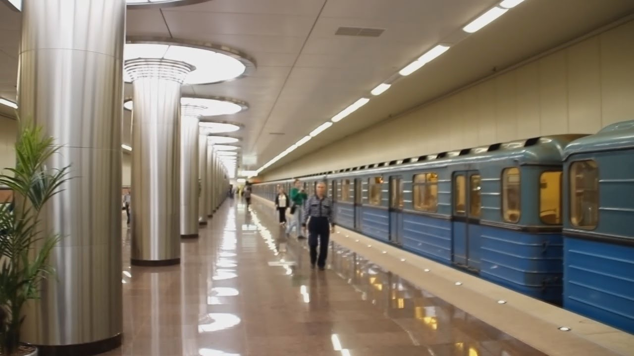 фото станция метро котельники