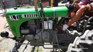 OLDTIMER TRACTOR start MORE THAN 60 YEARS OLD ORIGINAL SOUND OF THE BEAUTY