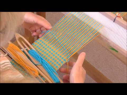 Weaving Houndstooth On A Rigid Heddle Loom.