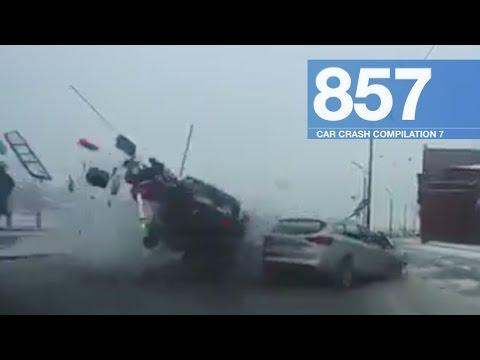Car Crashes Compilation 857 - January 2017