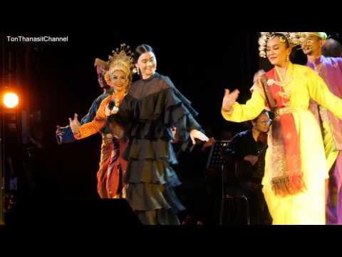 มัดหมี่ พิมดาว - Nazam Berkasih [4k] #ConcertofHarmony #ThailandMalaysia60 - 170720