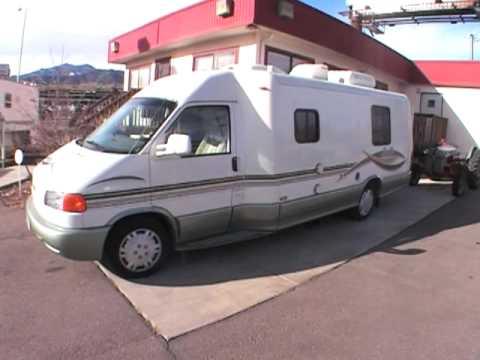 Winnebago Rialta 22FD w/twins class b Volkswagen Van